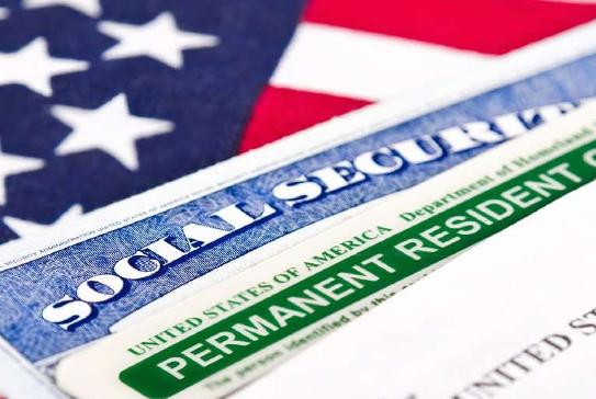 La Corte Suprema de EE.UU. avala que entre en vigencia una regla que podría remodelar la inmigración legal