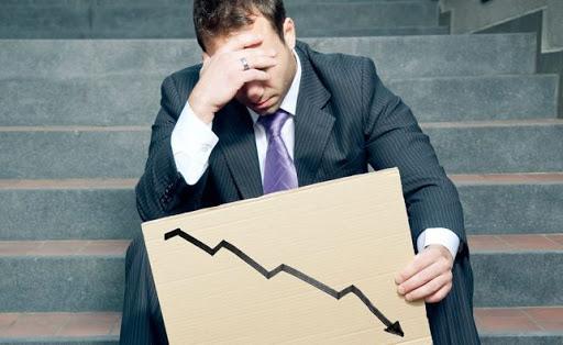 La pérdida de empleos e ingresos dejan a los trabajadores preocupados y confundidos