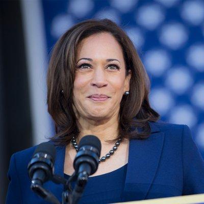 Kamala Harris hace historia y se convierte en la primera vicepresidenta de EEUU