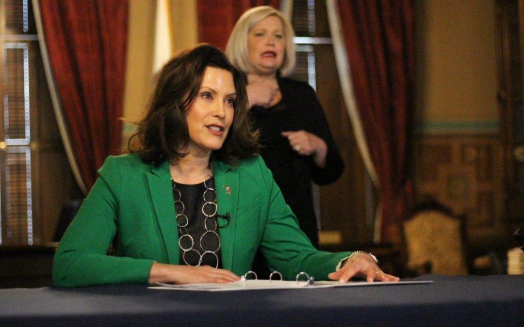 La gobernadora Whitmer insinúa posiblemente levantar las restricciones de COVID antes del 1 de julio
