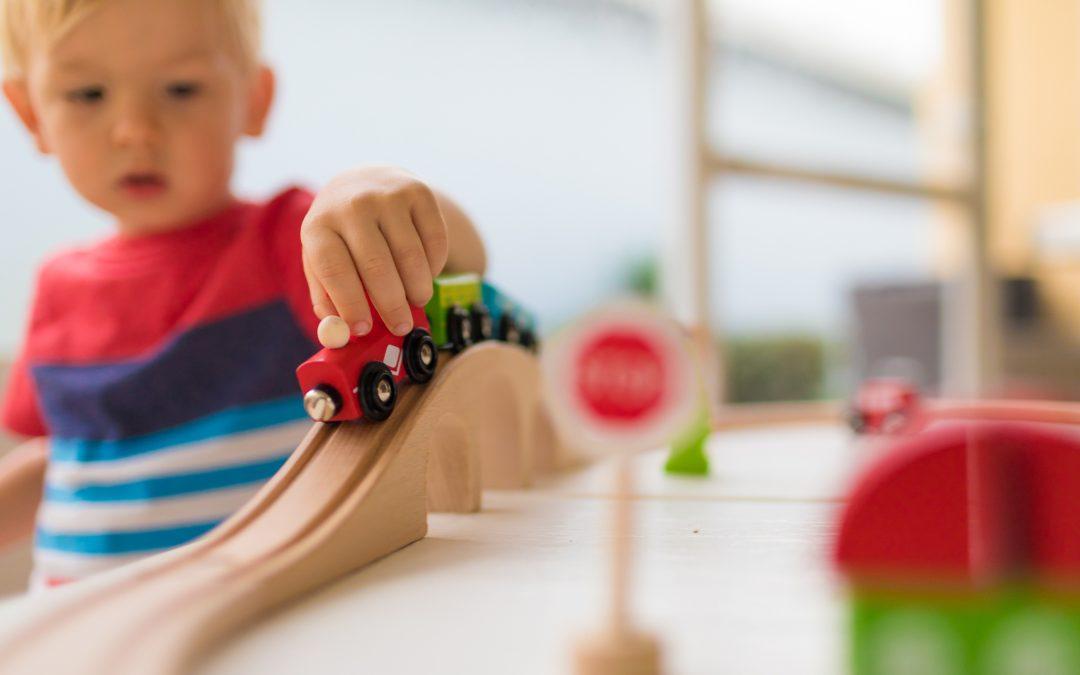 Whitmer propone el uso de $ 1.4 mil millones en ayuda federal para el cuidado infantil