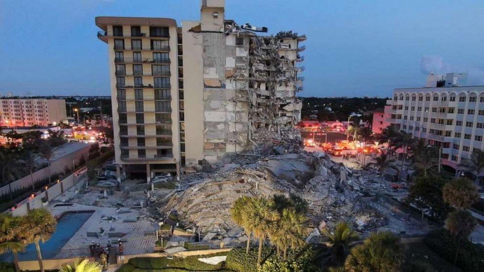 1 muerto y 10 heridos después de que un condominio en el área de Miami colapsara parcialmente